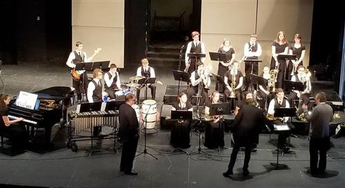 the hhs jazz band on stage at UCM